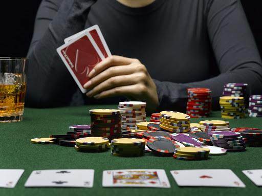 Situs-Penyedia-Permainan-Kartu-Online-Dengan-Uang-Asli